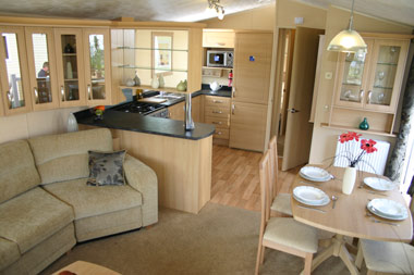 Kitchen and dining area in the Granada XL