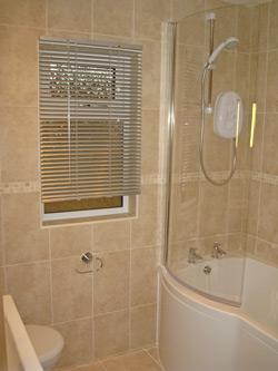 Pathfinder Retreat Lodge Bathroom