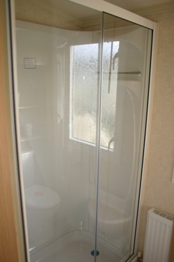 Swift Bordeaux Shower