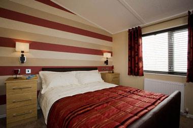 Victory Versailles Double Bedroom