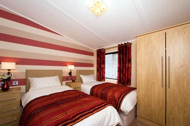 Victory Versailles Lodge Second Bedroom