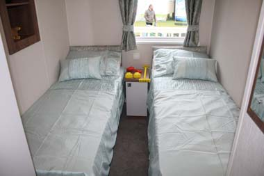 Twin room inside the Willerby 2014 3-bed Skyline holiday home