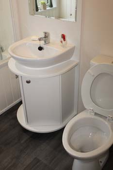 Willerby Clearwater holiday lodge - The washbasin sits on top of a vanity unit