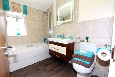 2014 Omar Apex Familly bathroom