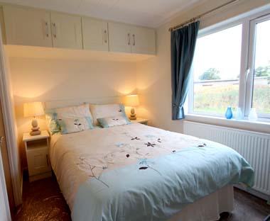 Tingdene Beachcomber lodge - Double bedroomV1