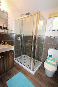 Prestige Bowmoor Bedroom 1  ensuite