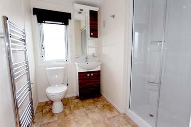 Victory Versailles Shower room J&J