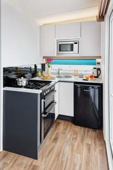 S-POD 2-berth kitchen