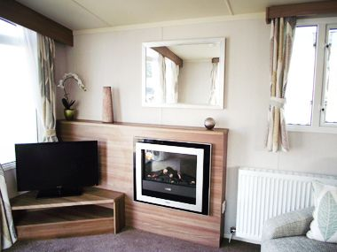 Swift Biarritz - TV and Fireplace