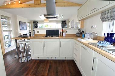 Wessex Contemporary Vue - Kitchen