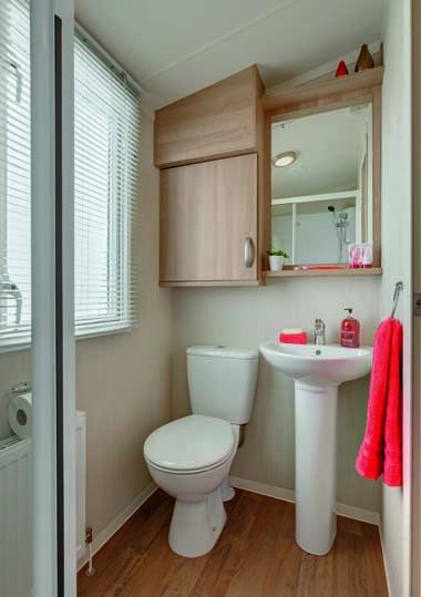 Swift Loire Main bathroom