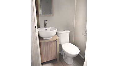 Regal Sandringham - Bathroom