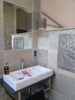 Summit Master BR Bathroom Detail