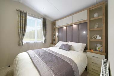 Willerby Winchester Master Bedroom 01