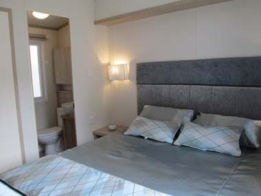 Regal Connaught Double Bed and En Suite