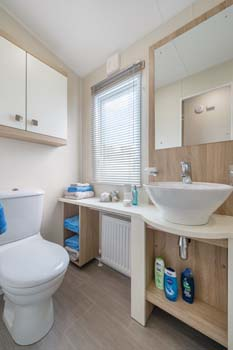 Willerby Sheraton Shower Room Wide