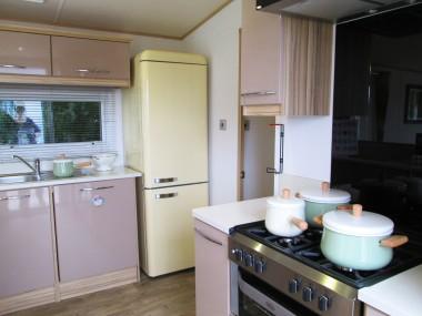 ABI Harewood kitchen hob and fridge