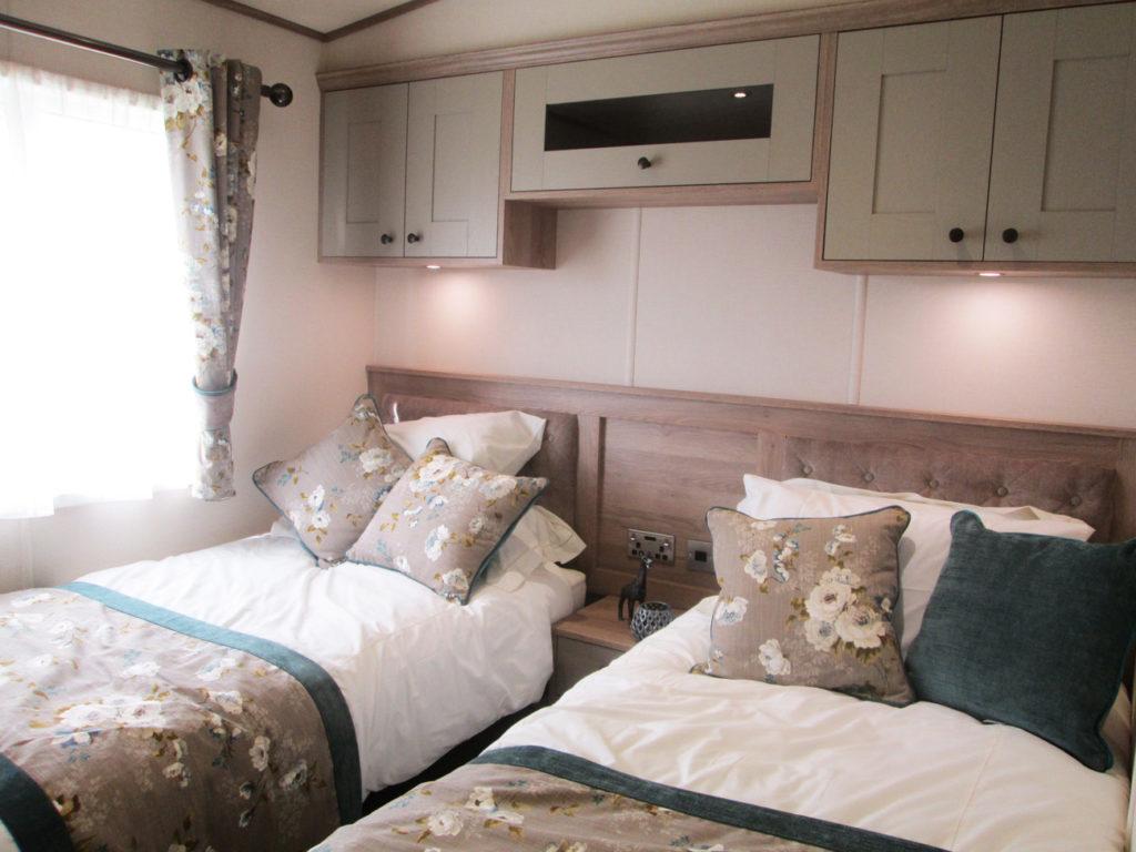 ABI Beaumont twin-bedroom