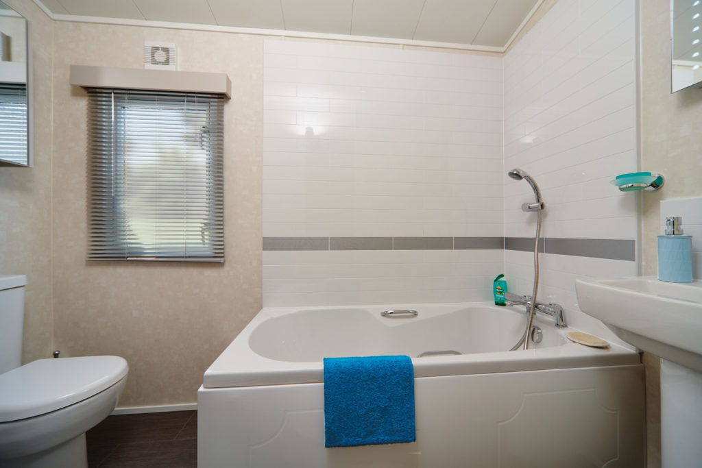 Carnaby Envoy bathroom
