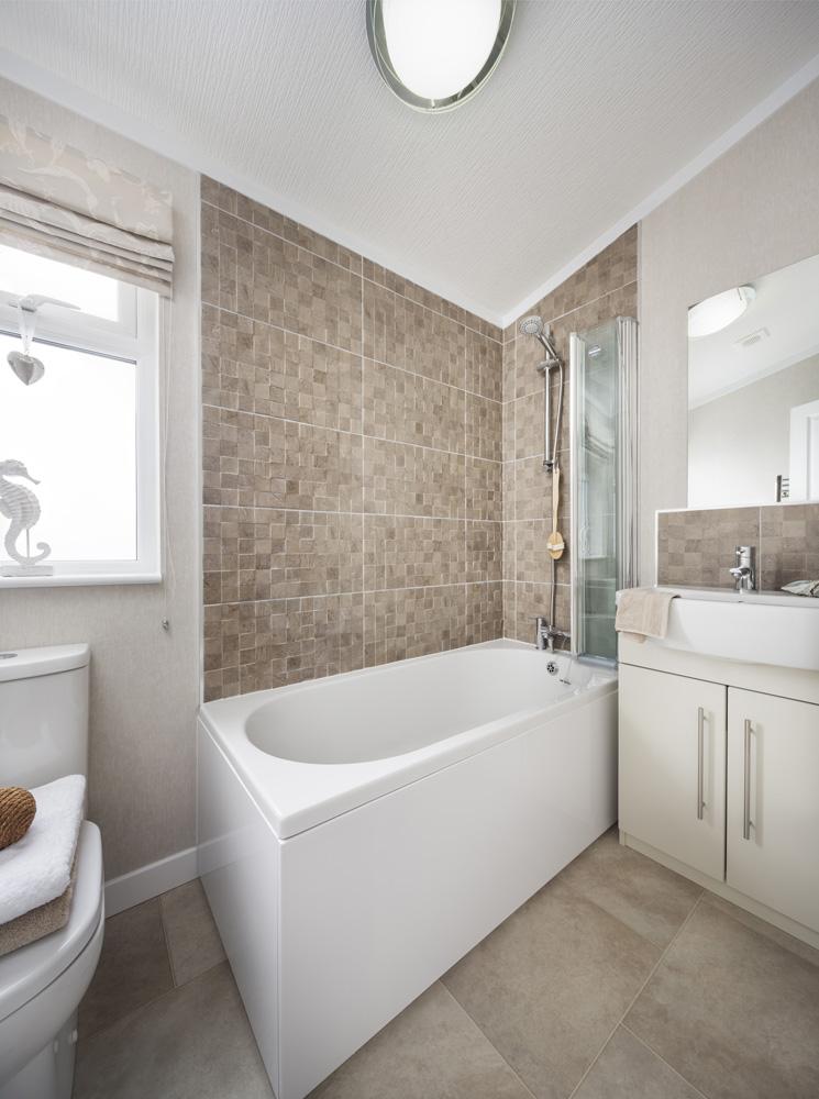 Omar Manhattan Bathroom