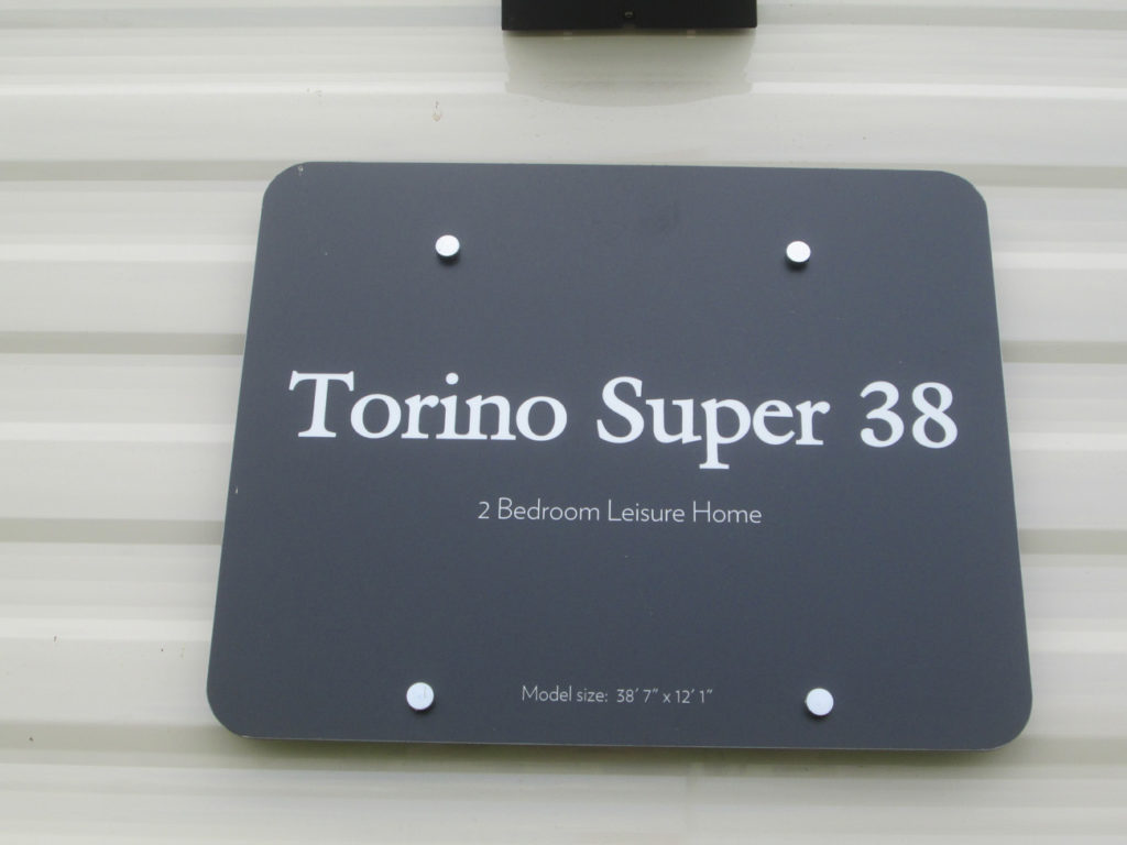 Victory Torino Sign