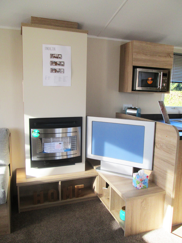 Willerby Lymington Lounge Fire & TV