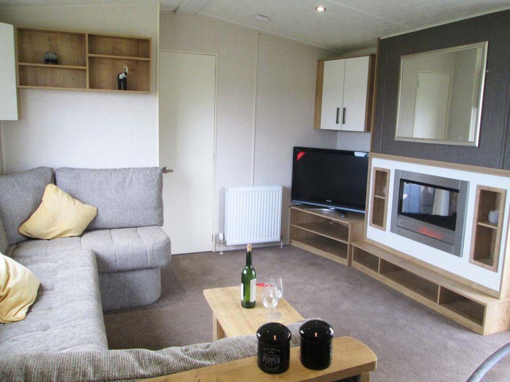 Victory Sandhurst Lounge Main
