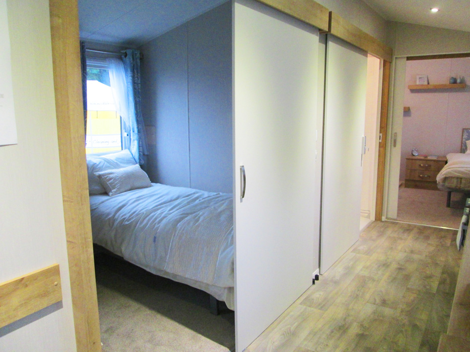 Willerby Richmond Sliding Bedroom Door