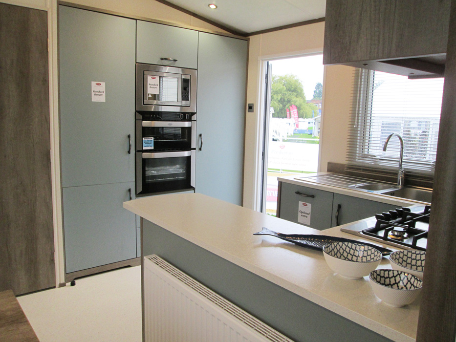Carnaby Hainsworth Kitchen Wide