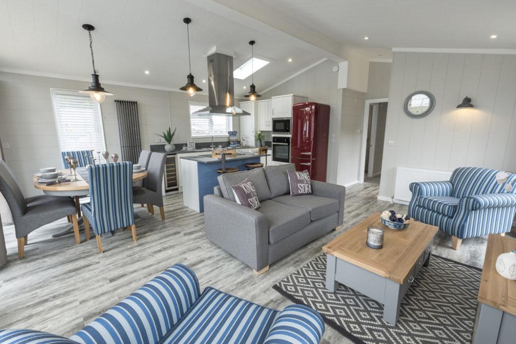 Tingdene Country Lodge Lounge Main
